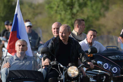Байк-шоу с Путиным назвали доказательством провала изоляции Крыма